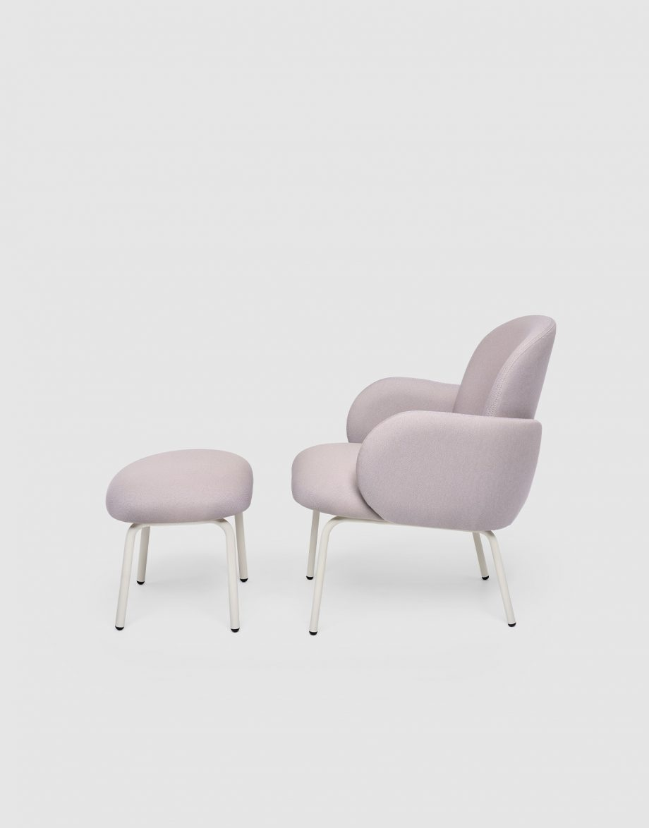 Dost Footstool_226,5x289mm_Lilac_2