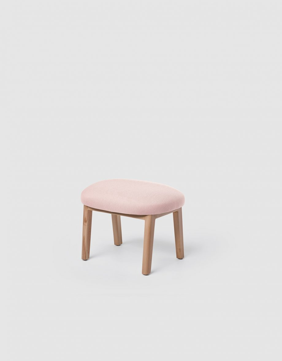 Dost Footstool_226,5x289mm_Pink_2