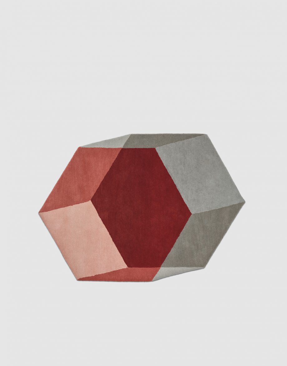 Iso Hex_226,5x289mm_Red_1